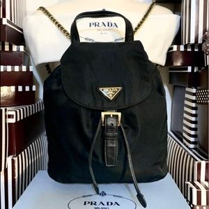 AUTHENTIC PRADA🌟❤️🌟GOLD CHAIN BACKPACK! RARE!